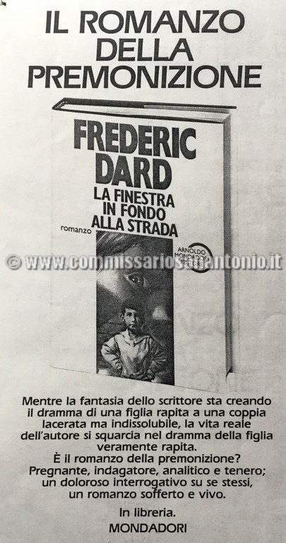Advertising la finestra in fondo alla strada